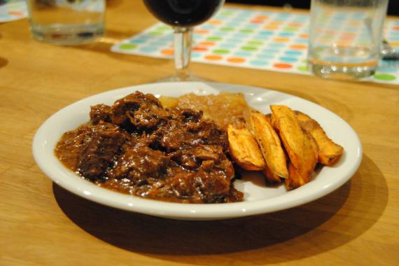Belgisch stoofvlees met bier en spekjes