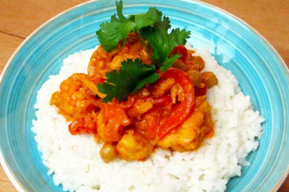 Indische curry met bloemkool en rijst