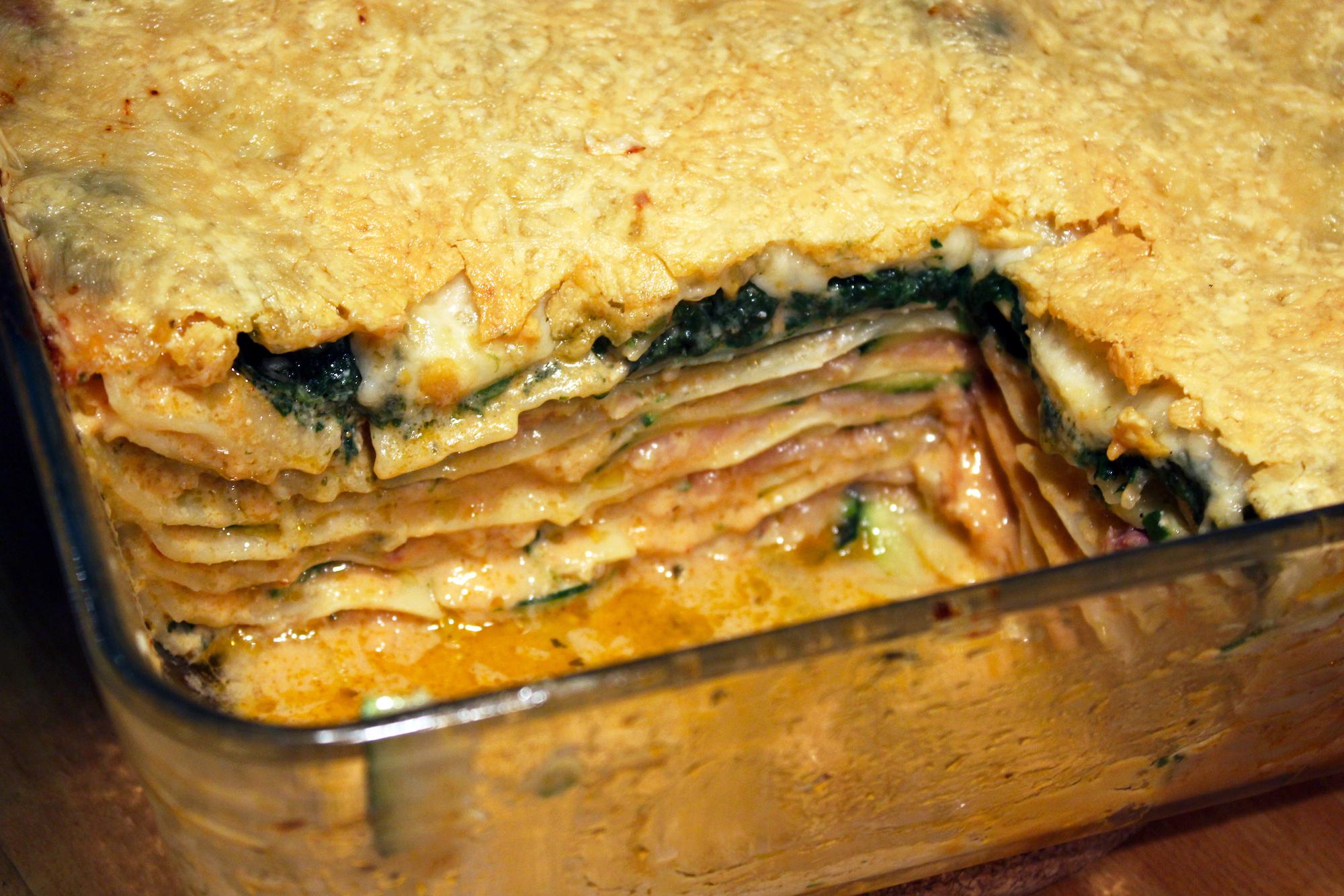 Lasagne met gerookte zalm, courgette en spinazie (Jeroen Meus)