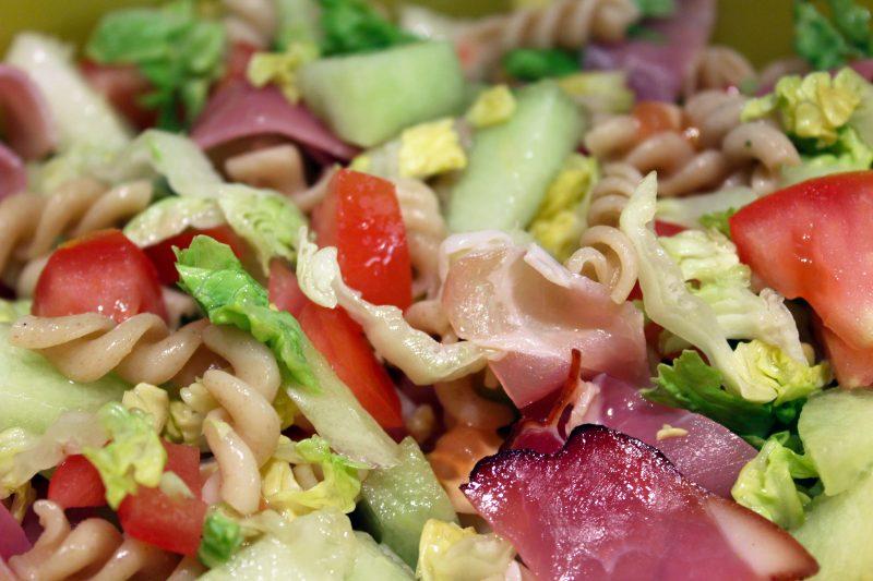 Lunchsalade met meloen en ham