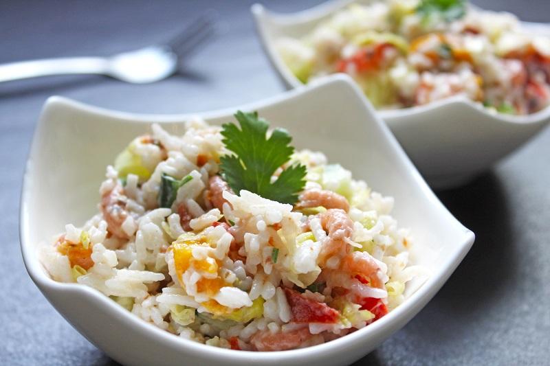 Oostere rijstsalade met grijze garnalen