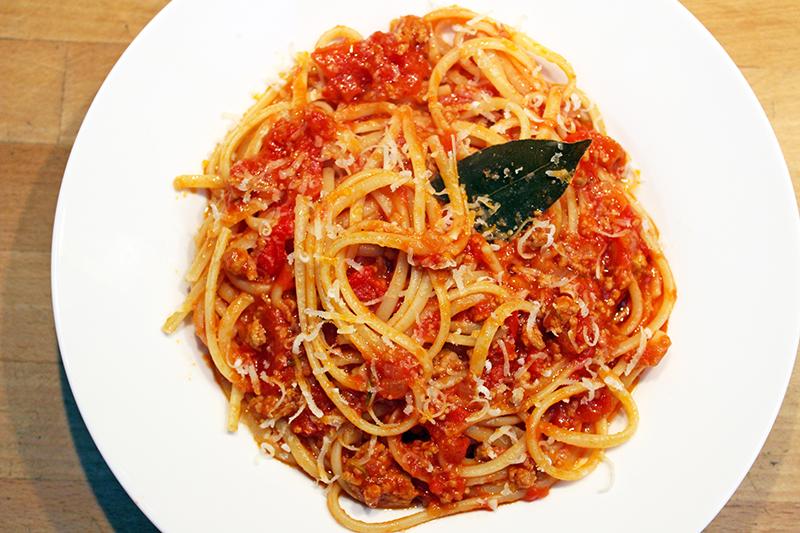 Pasta con ragù (Jamie Oliver)