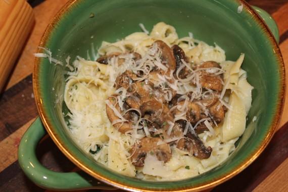 Pasta met champignons en knoflook