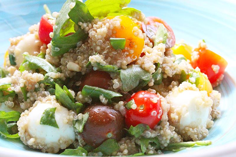 Quinoa Caprese (Sandra Bekkari)