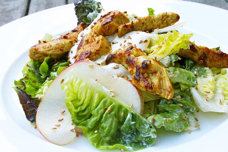 Salade met kip, appel en sesam (Jeroen Meus)
