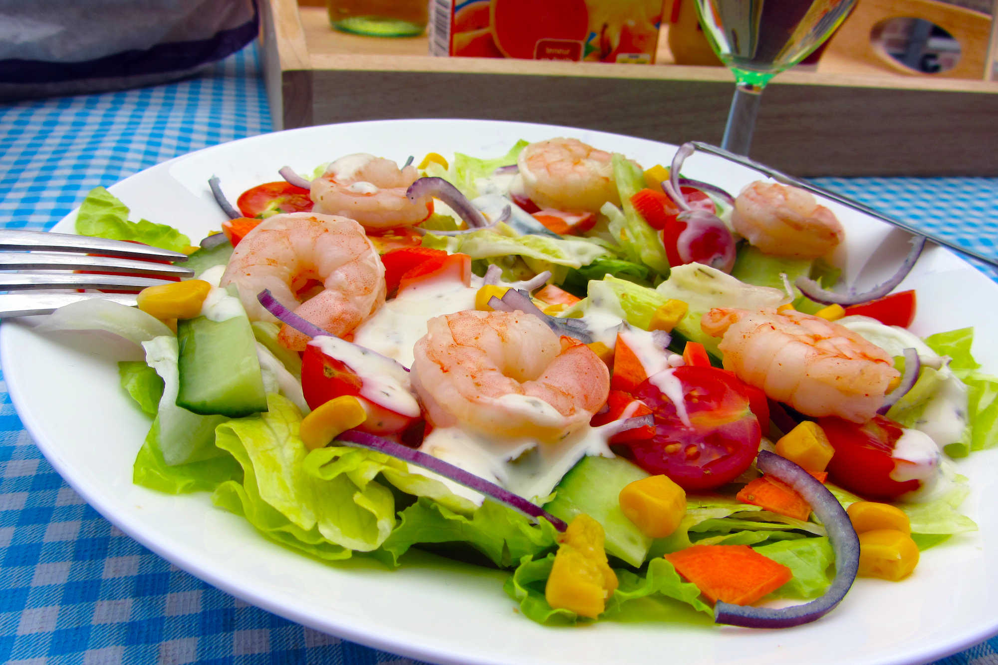 Zomerse salade met scampi