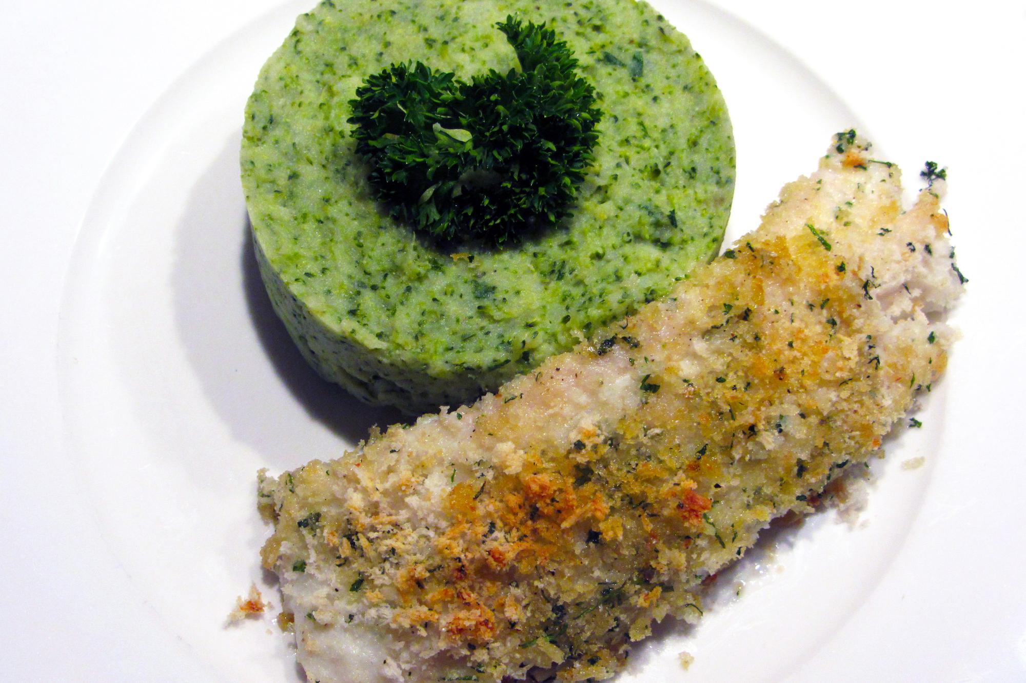 Schelvisrug in krokant kervelkorstje met brocollipuree