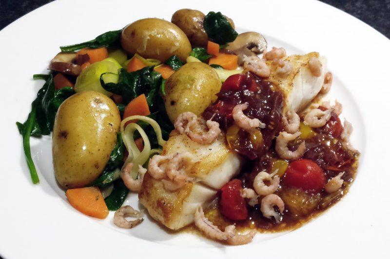 Skreifilet met gestoomde groentjes en kerstomatenbalsamico