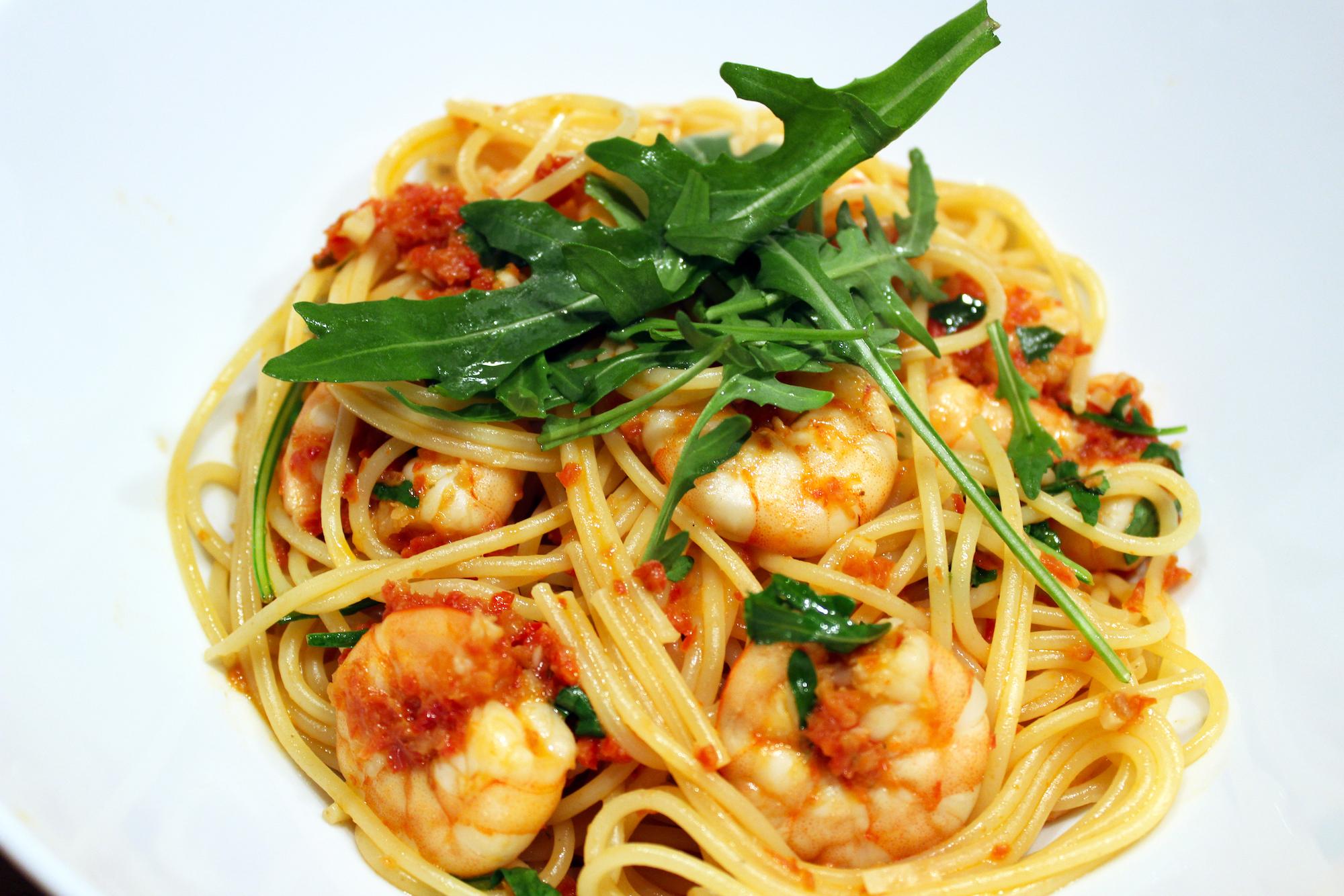 Spaghetti con gamberetti e rucola (Jamie Oliver)