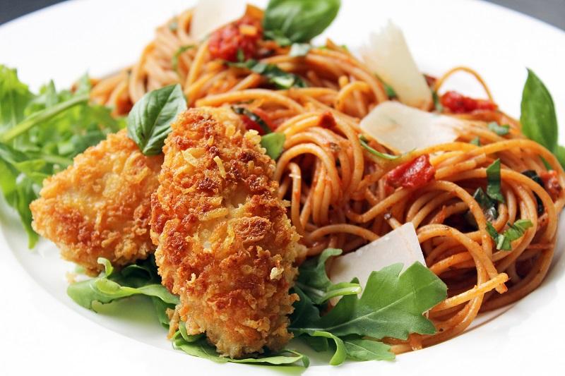 Spaghetti met krokante kip