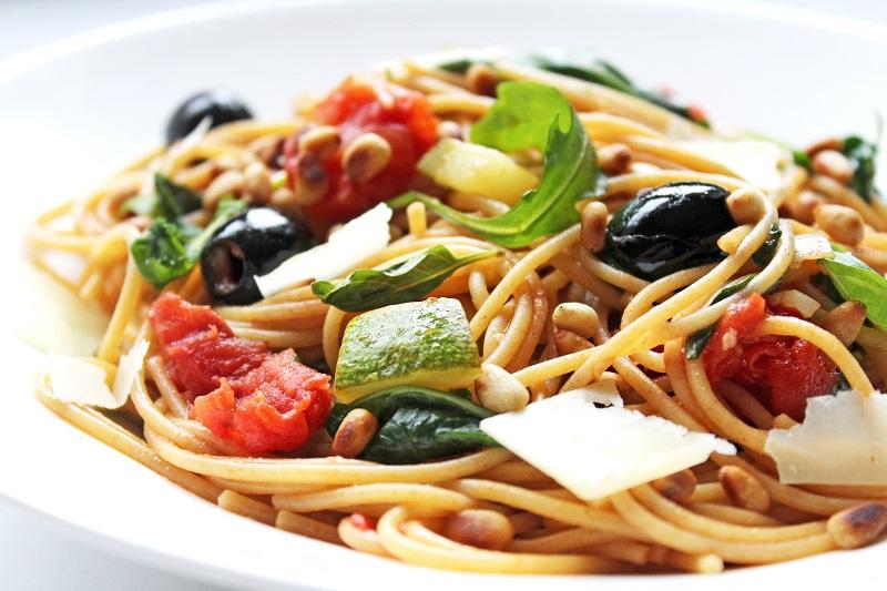 Spaghetti met tomaat en courgette (Jeroen Meus)