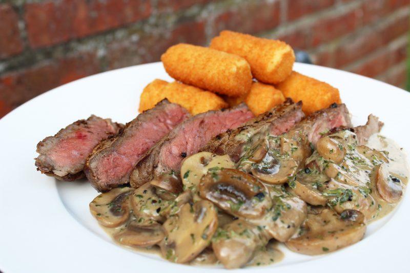 Steak met champignonroomsaus (Piet Huysentruyt)