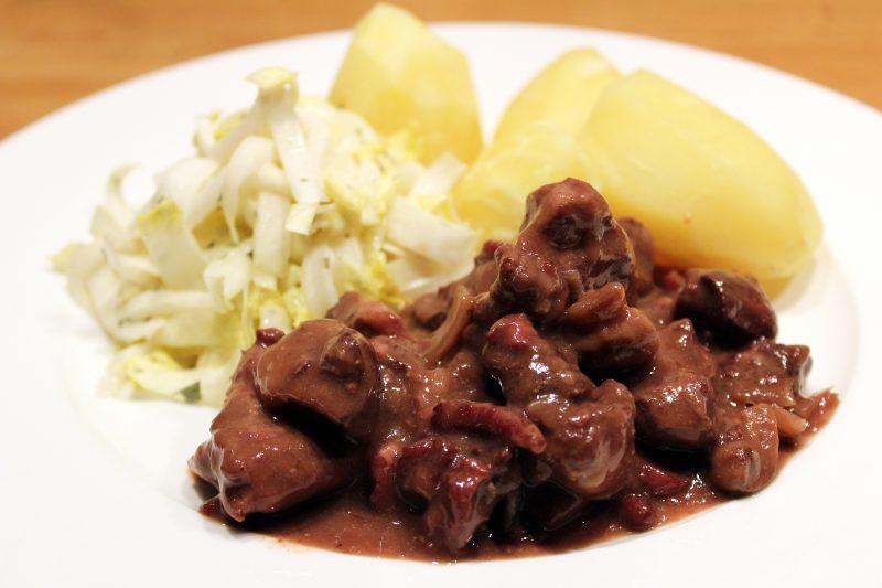 Stoofvlees van everzwijn met witloofsalade (Jeroen Meus)