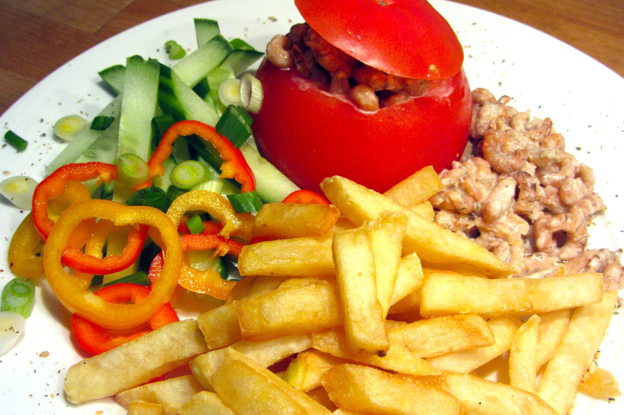 Tomaat-garnaal met verse frietjes