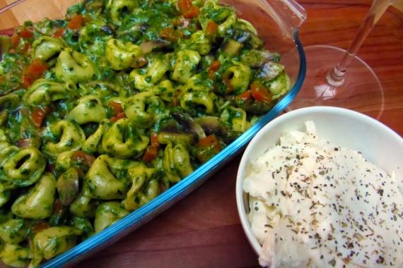 Tortellini met spinazieroomsaus