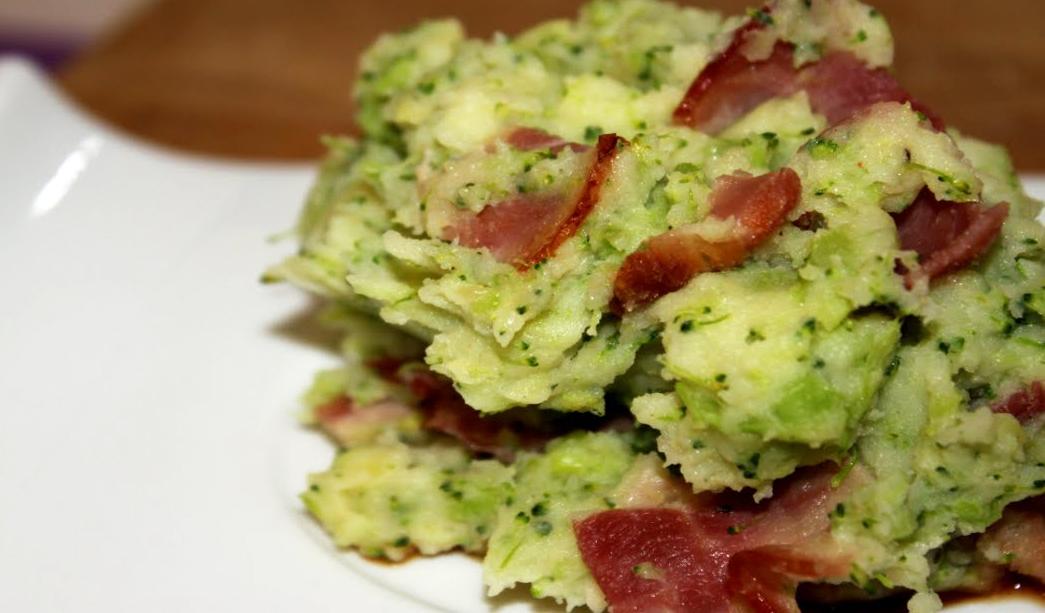 Broccollistoemp met spekjes en vleesjus