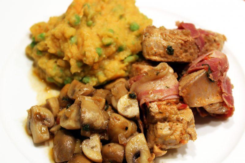 Varkensnootjes met champignons en puree van 3 groenten (Colruyt)