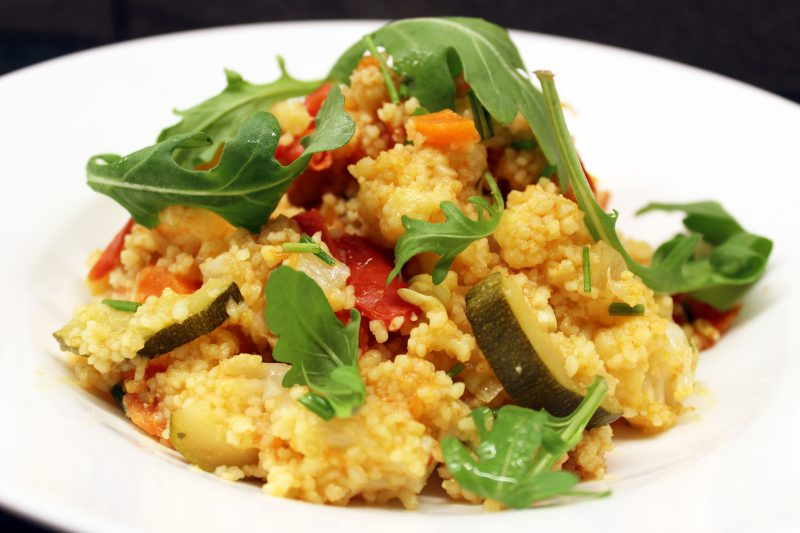 Vegetarische couscous met bloemkool