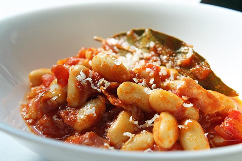 Witte bonen in tomatensaus (Jamie Oliver)