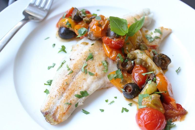 Zeebaars met Siciliaanse saus