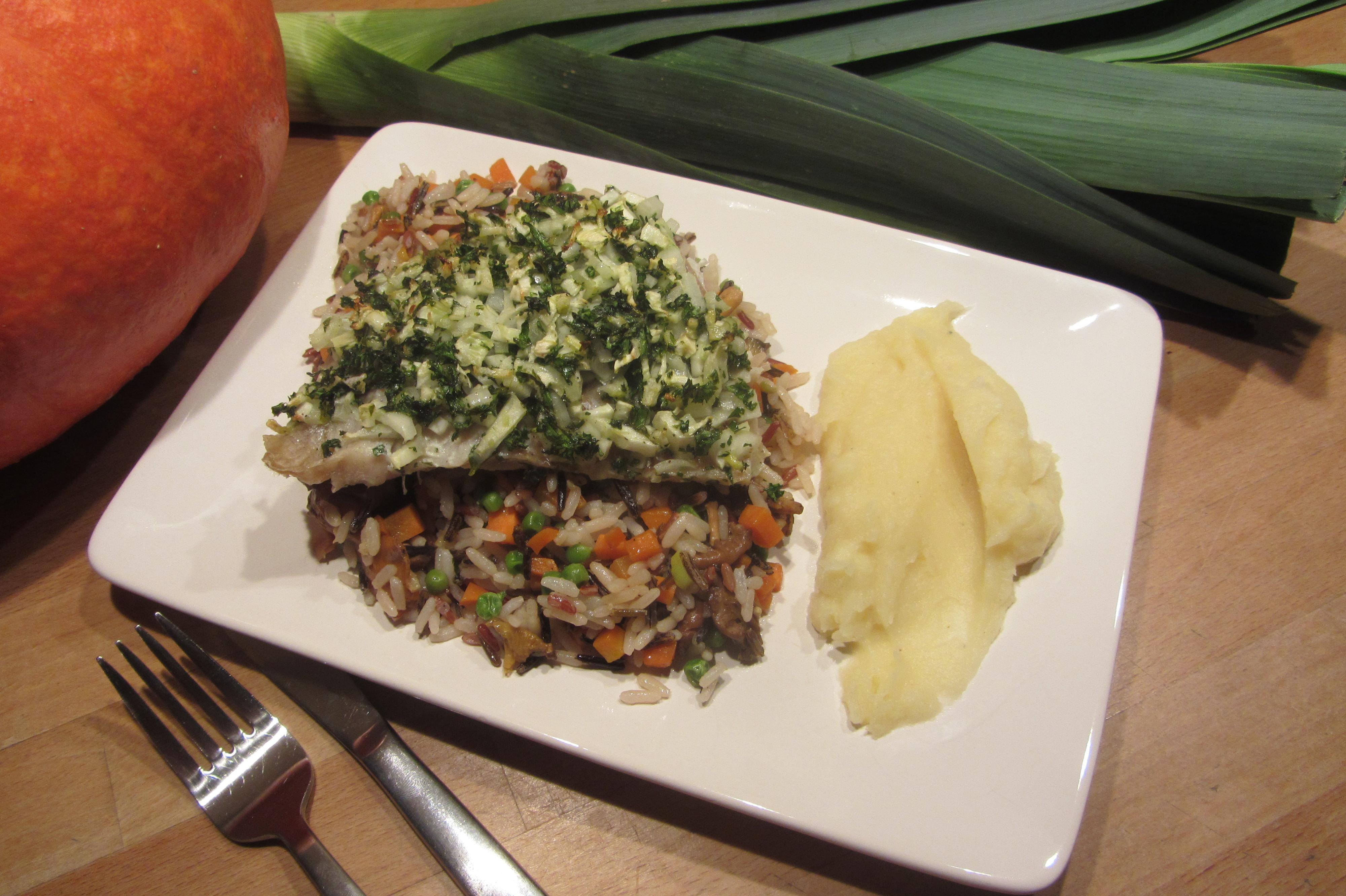 Zwarte polakfilet met venkelkorstje, wilde rijst met herfstgroentjes en pastinaakzalfje